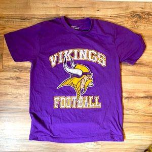 Vikings football tee